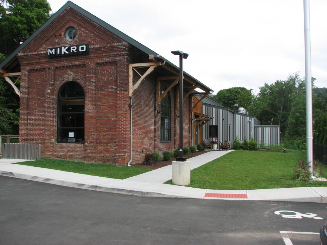 MIKRO Craft Beer Bar and Restaurant